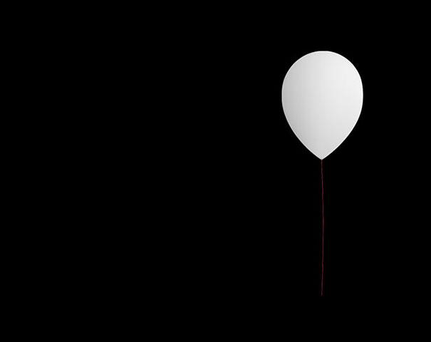 Balloon une lampe plut t gonfl e initiales gg - Grande lampe a bulle ...