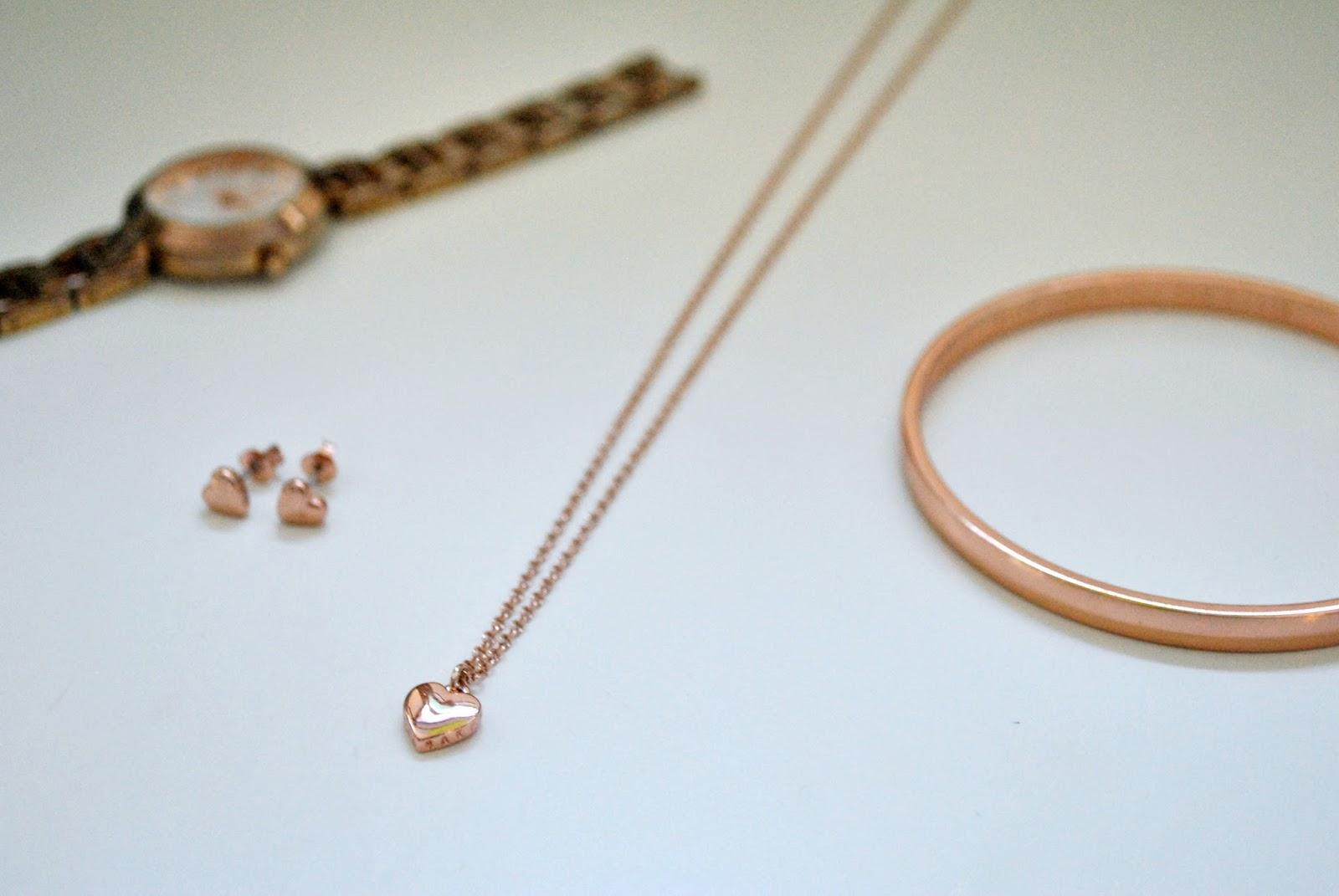 Joie de Jodie: My Everyday Rose Gold Jewellery
