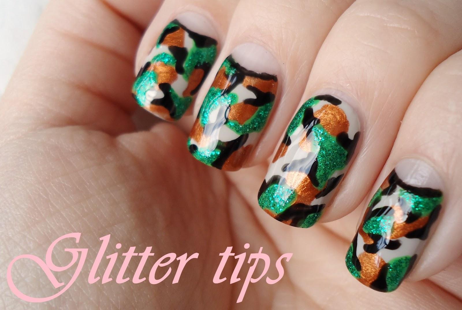 Glitter Tips: Camouflage - Nail Art