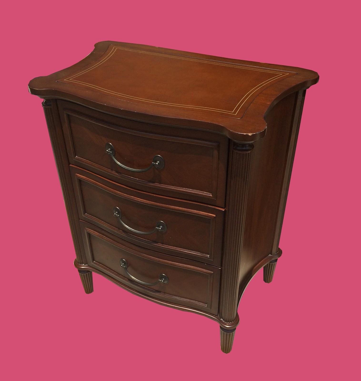 uhuru furniture collectibles bombay company bedroom set