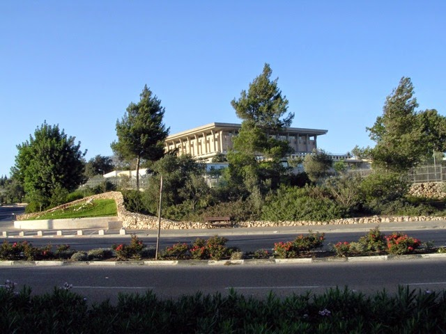 Próximo governo de Israel terá desafios diplomáticos complicados