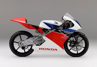 Honda NSF250R 2012 Side