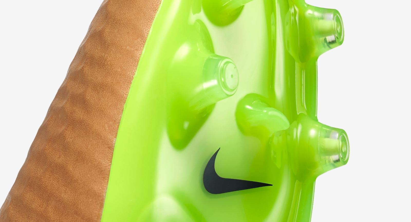 +4. The new Canvas / Volt Nike Magista Obra Tech Craft Pack ...