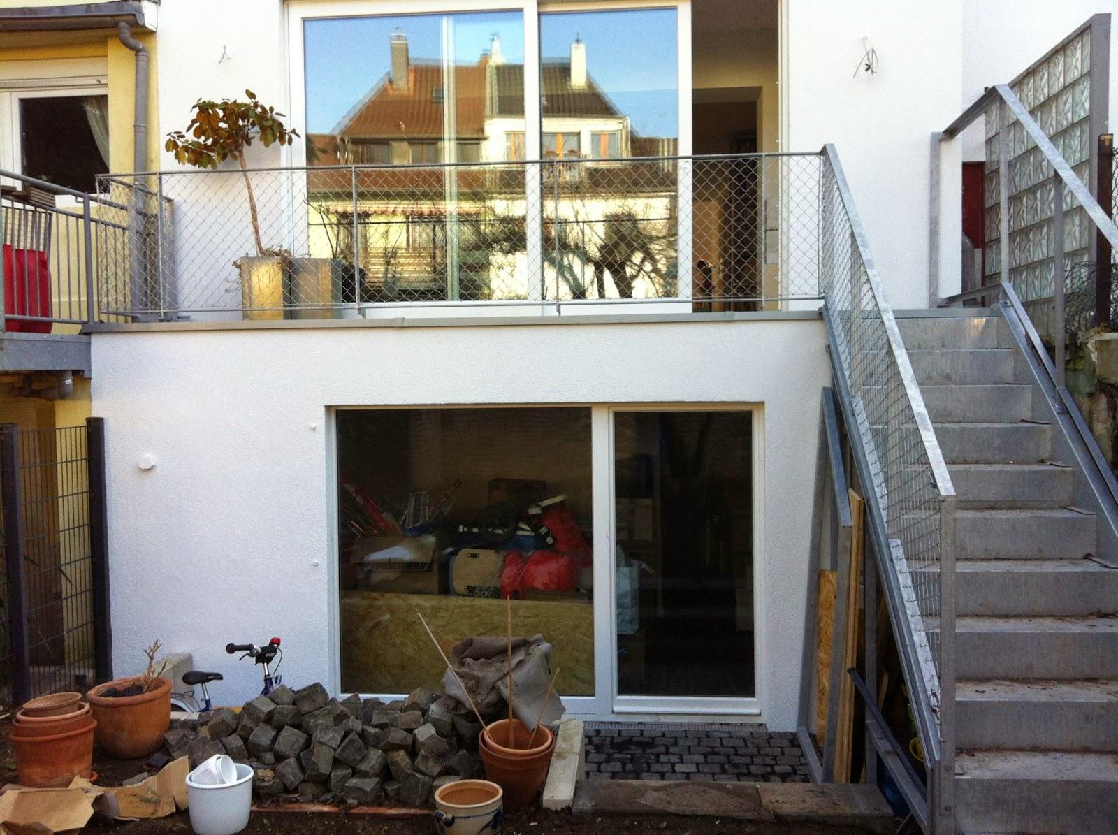 terrassen und treppengel nder mit maschendraht. Black Bedroom Furniture Sets. Home Design Ideas