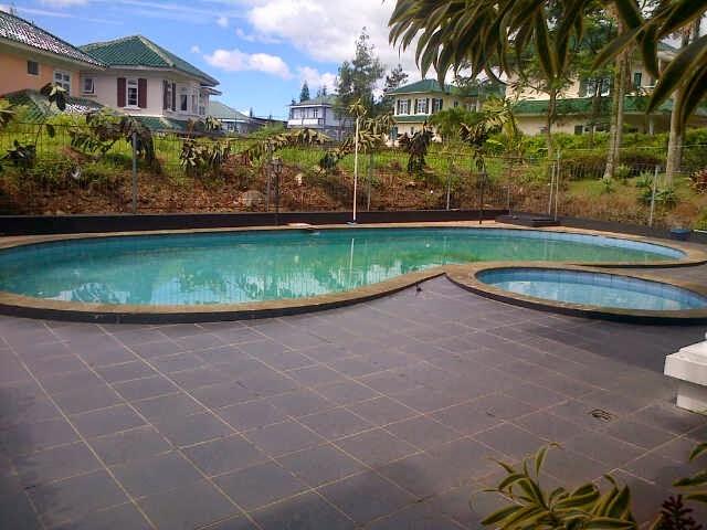 sewa villa di puncak resort ada kolam renang villa di puncak