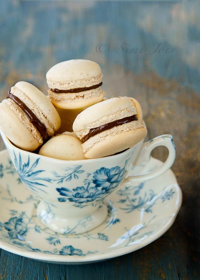 #MacaronsRecipe #EasyMacarons #FoodPhotography