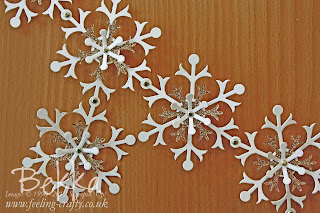 Snowflake Garland / Bunting Sneak Peek by Bekka www.feeling-crafty.co.uk