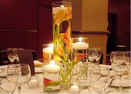 dodeco centres de table avec fleurs immerg es. Black Bedroom Furniture Sets. Home Design Ideas