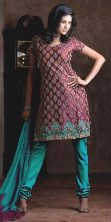 Embroidered-Salwar-Kameez