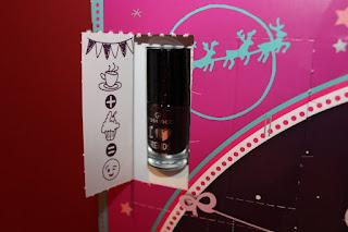 Clothes & Dreams: Essence Advent Calendar 2015: Essence adventskalender 2015, berry-tale