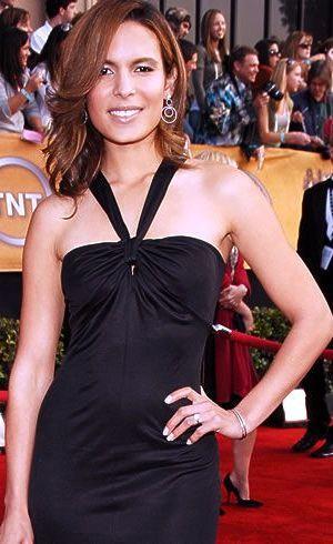 Nadine Velazquez sonriendo