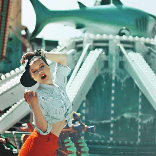 amusement park girl II