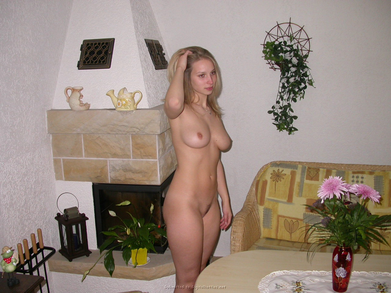 Love naked hotties