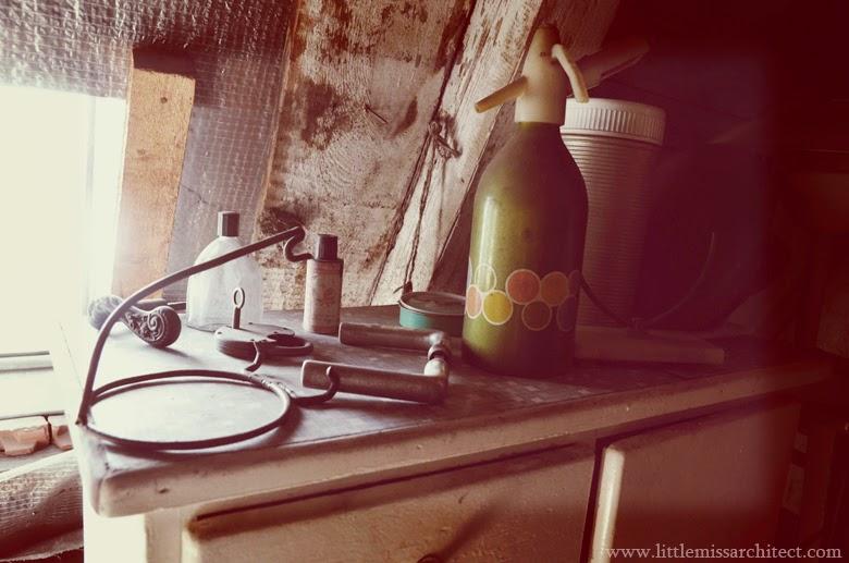 old furniture, antiques, 60s design, 70s design, 80s design