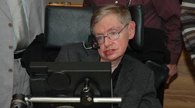 Segundo Stephen Hawking aliens podem acabar com a nossa civilização