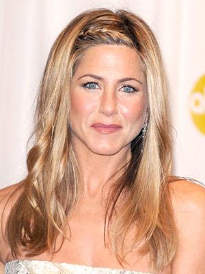 jennifer anniston hairstyles. dresses Jennifer Aniston
