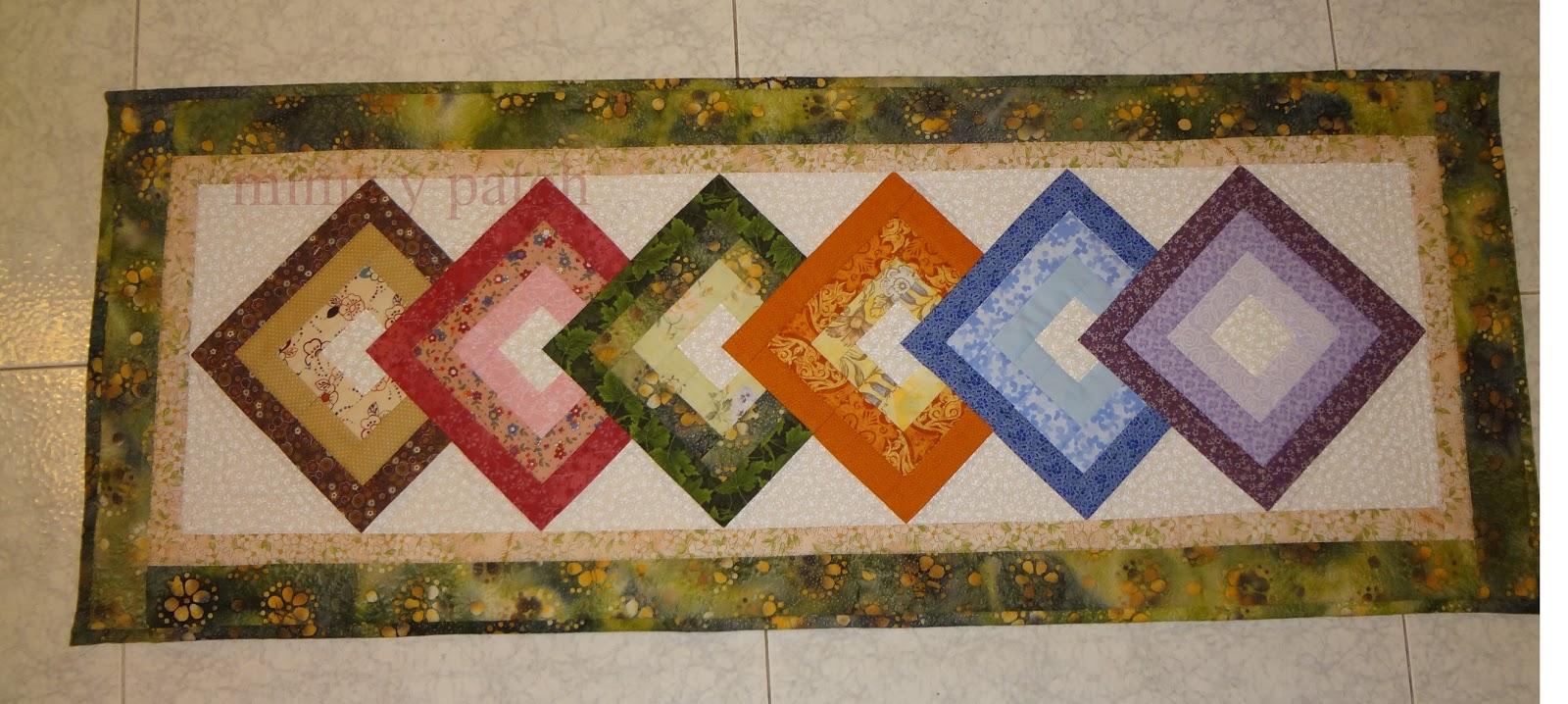 Minis y patch camino de mesa de cuadrados sobrepuestos - Camino mesa patchwork ...
