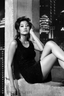 hot Adelia Rasya Model Cantik Majalah Popular
