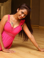 Actress Kaveri sizzling photo shoot-cover-photo