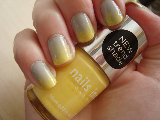 Tutorial Grey and Yellow Ombre Nails