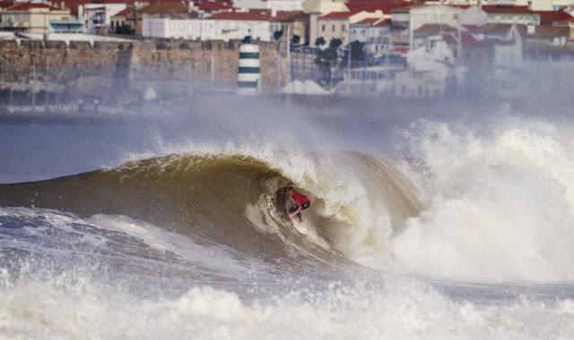 66 2014 Moche Rip Curl Pro Portugal Kolohe Andino Foto ASP Damien Poullenot Aquashot