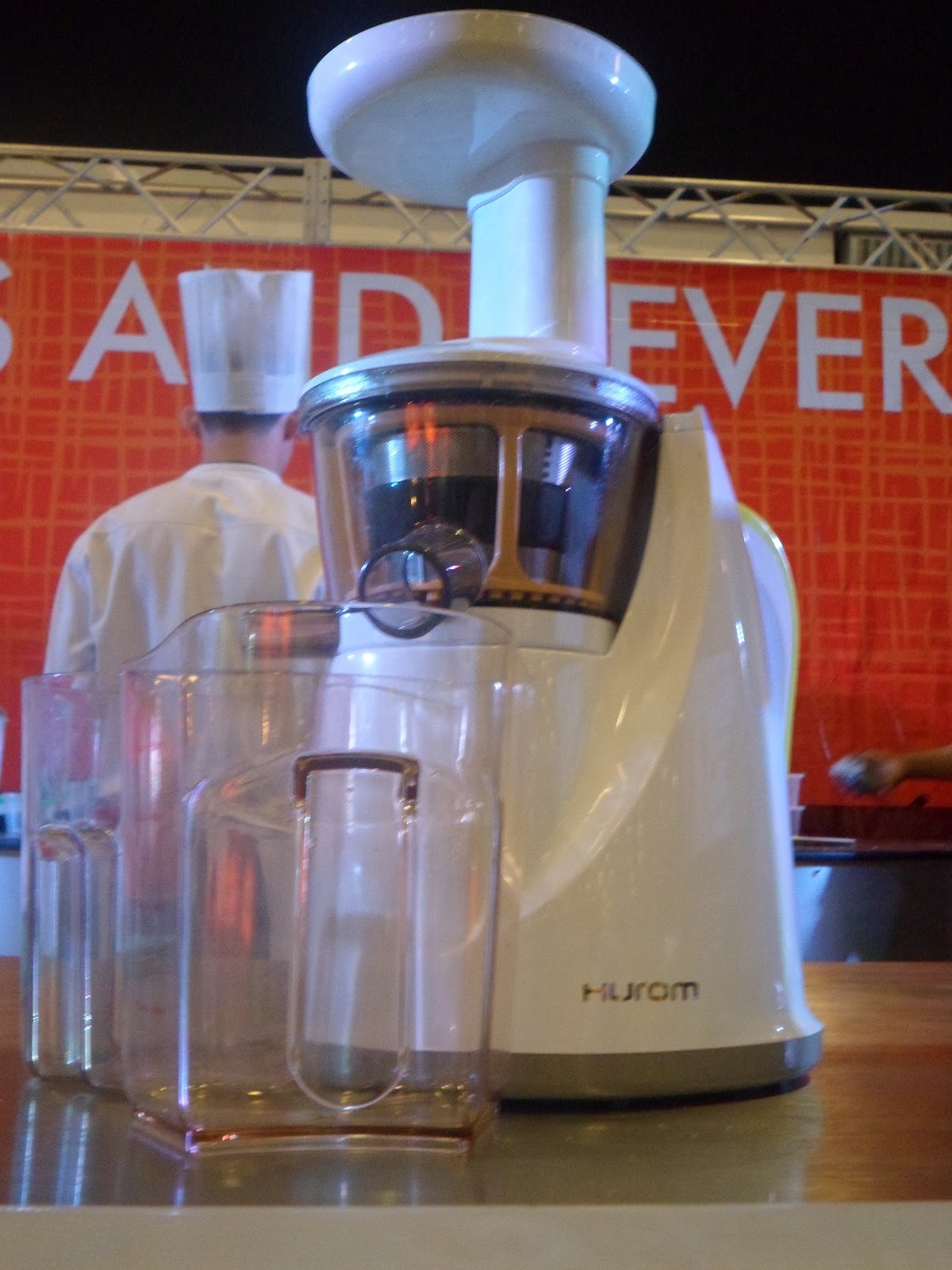 Hurom Slow Juicer China : Hurom Juicer Brings The Natural Health Juices - A Taste Of Goodness