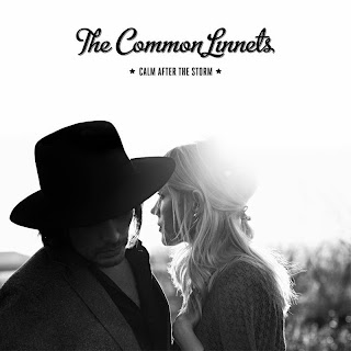 lirik lagu The Common Linnets - Calm After The Storm Lyrics