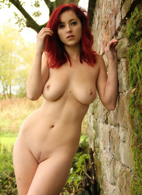Lucy Collett nude