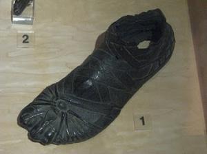 Salah satu koleksi Museum Sepatu bata