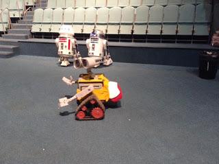 R5D4, R2D2 & Wall-E