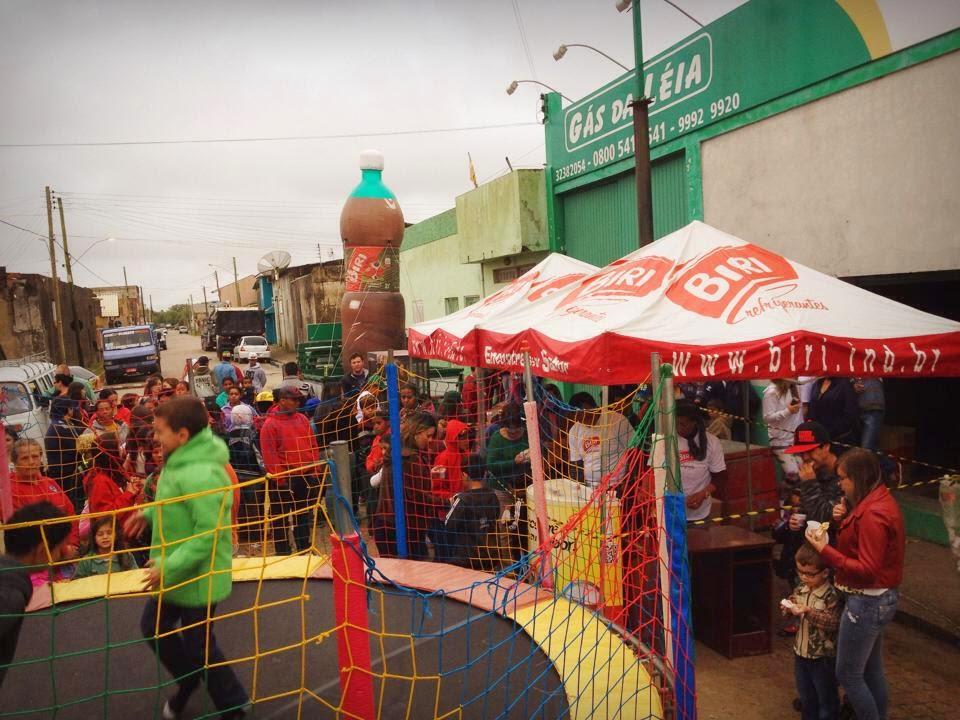 Gás da Léia realiza festa para as Crianças