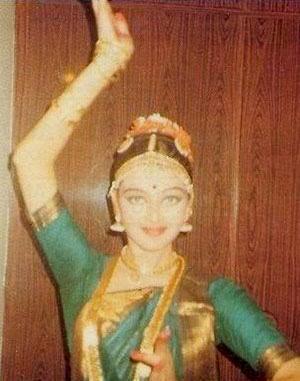 Aishwarya Baby Photo on Aishwarya Rai Unseen Childhood Photos And Pics   Latest Bollywood And