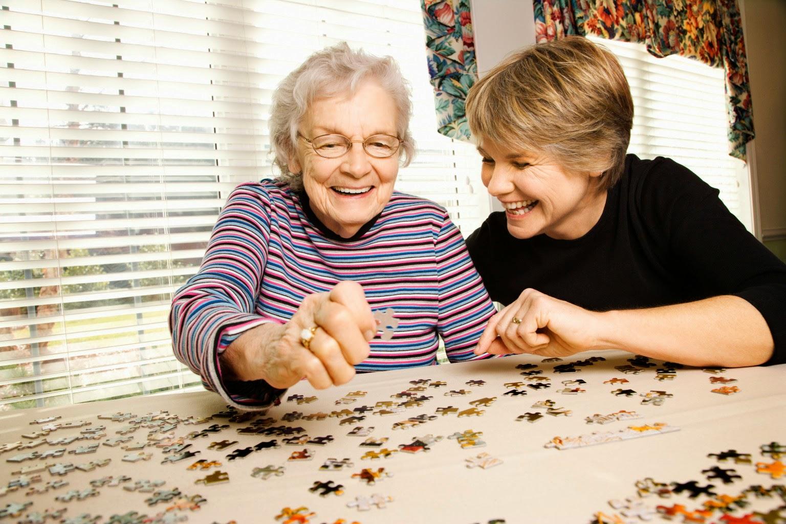 Cara Merawat Orang Tua Lansia / Lanjut Usia di Rumah, Tips Rawat OrangTua, Kakek. Nenek yang Sudah Tua Umurnya
