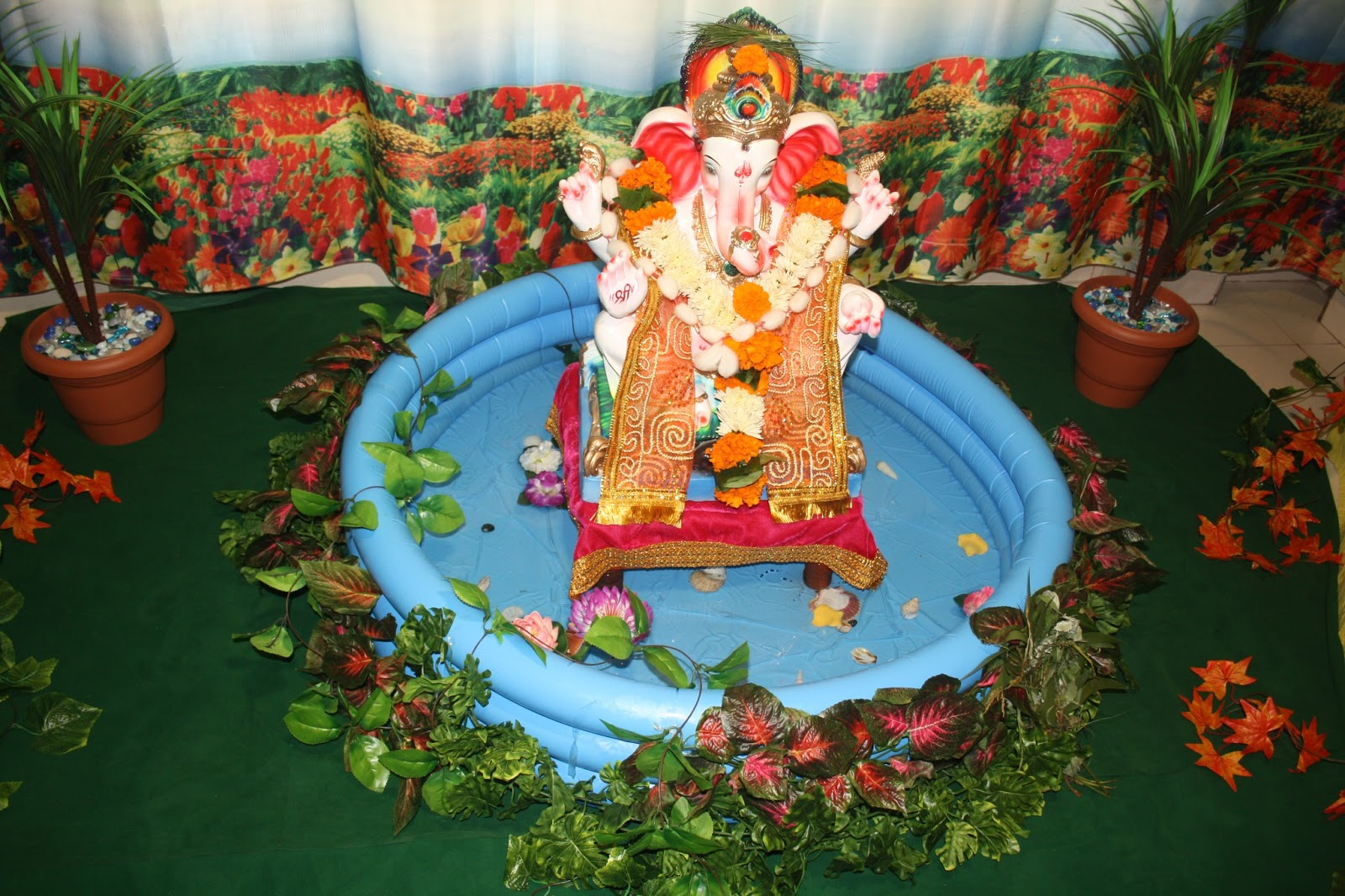 Simple Ganpati Decoration At Home The Image Kid Has It
