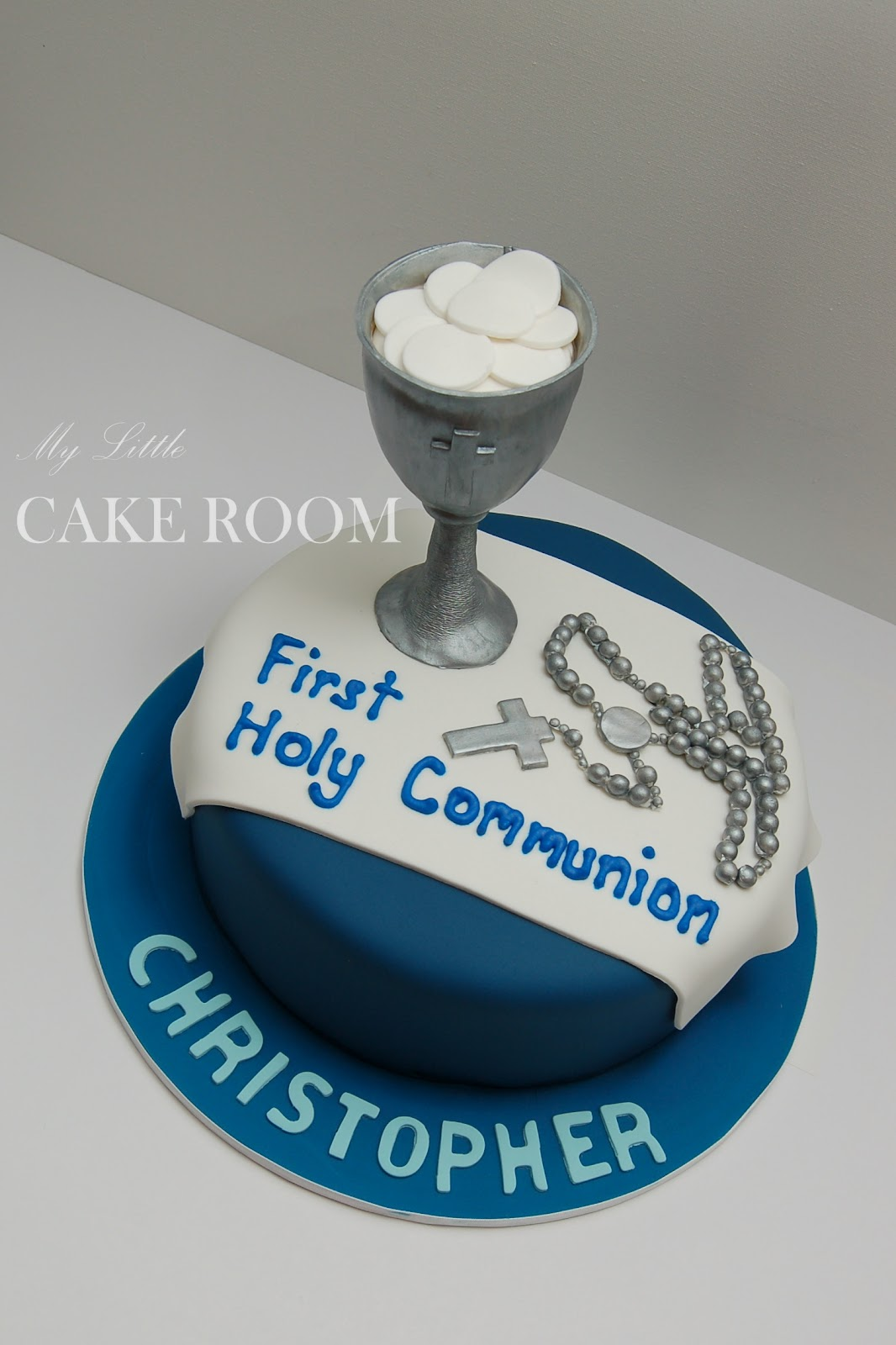 Cake Designs For First Communion : My Little Cake Room: First Holy Communion cake