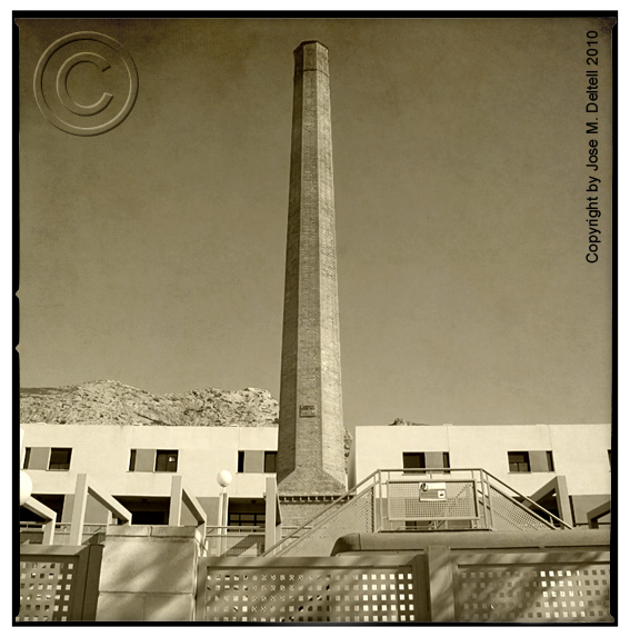 Jose m deltell fotografias antigua chimenea industrial - Chimeneas en alicante ...