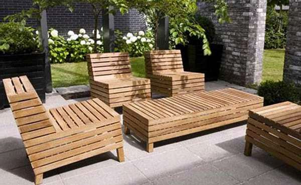 DIY Hard Outdoor Furniture Wood