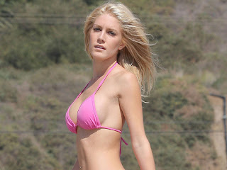 Heidi Montag Sexy Hot Bikini