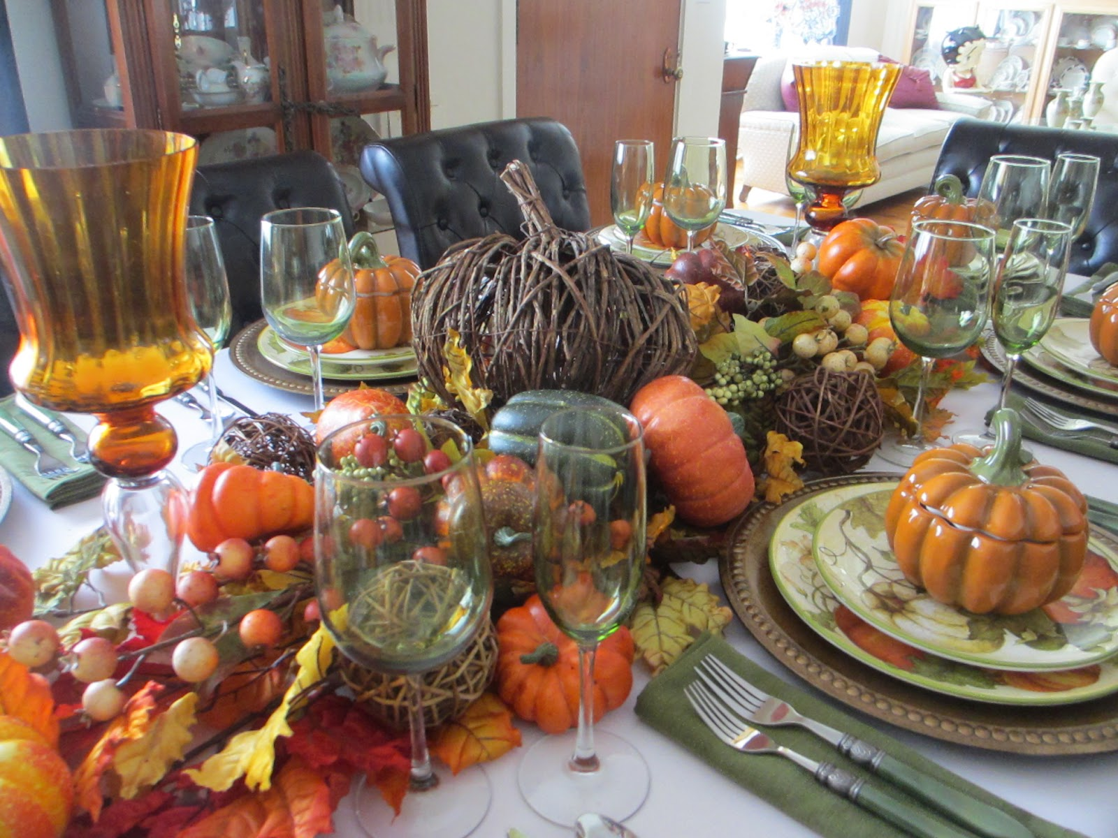 the welcomed guest stendhal syndrome the centerpiece is a mass of grapevine balls pumpkins and greenery