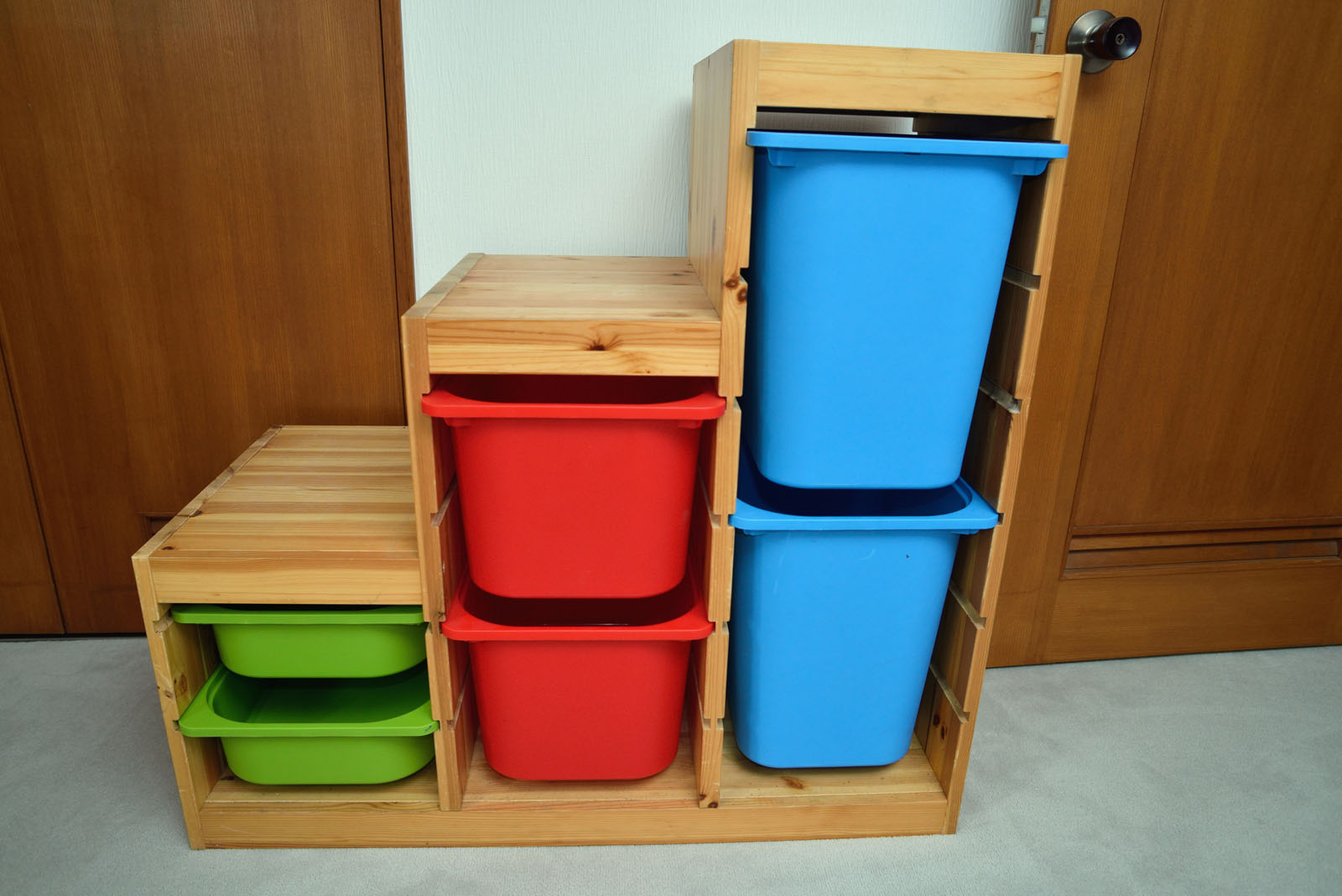 We are asking ¥6000 for the Ikea TROFAST Pine Storage Frame with Multi-Color Bins. & 4-Sale-Akasaka: Ikea TROFAST Pine Storage Frame with Multi-Color ...