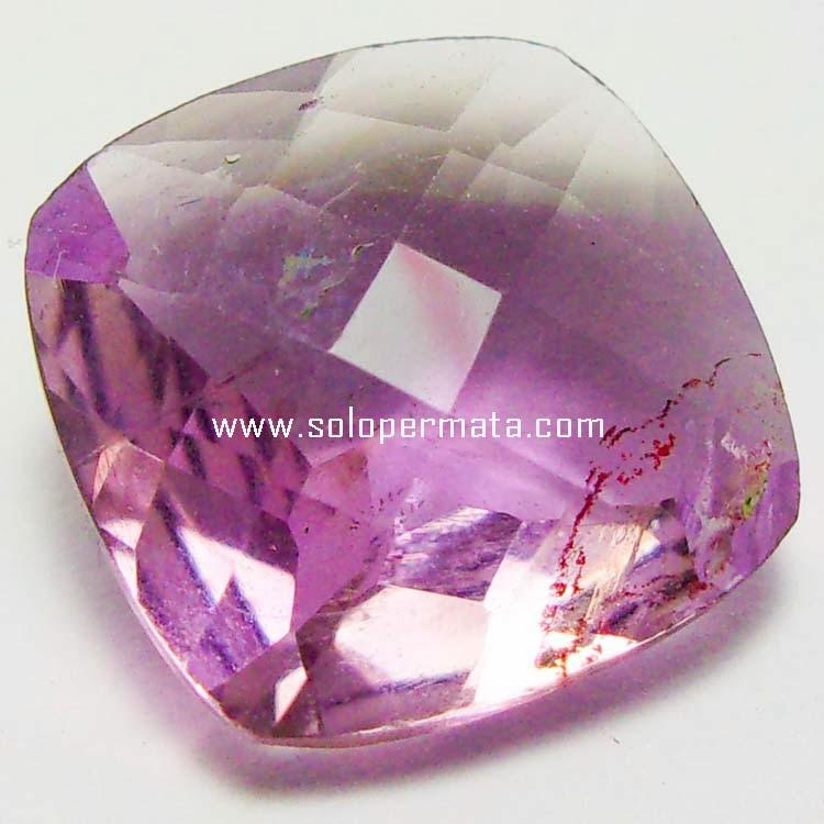 http://4.bp.blogspot.com/-hlGQNs7LOgo/UvTHl8PMehI/AAAAAAAAD3Q/DoaiwyR1c9U/s1600/Batu+Permata+Kecubung+Ungu+Kalimantan+-+06B03+-+Solo+Permata+1.jp