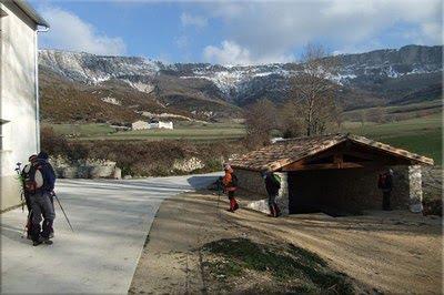 Los farallones de Arnaba visto desde Gastiain
