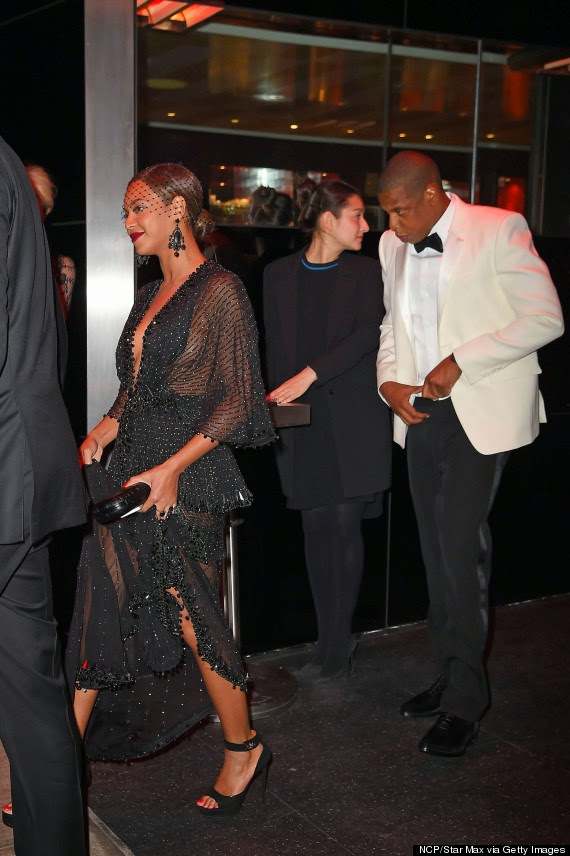 World's reaction to Jay Z and Beyonce's sister Solange Attack