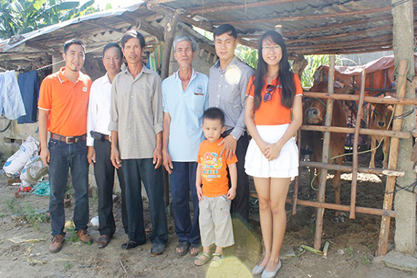 FPT Đà Nẵng Tặng Quà Hộ Nghèo Huyện Hòa Vang