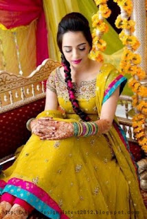 Bridal-Mehndi-Dresses-Designs-2013-14