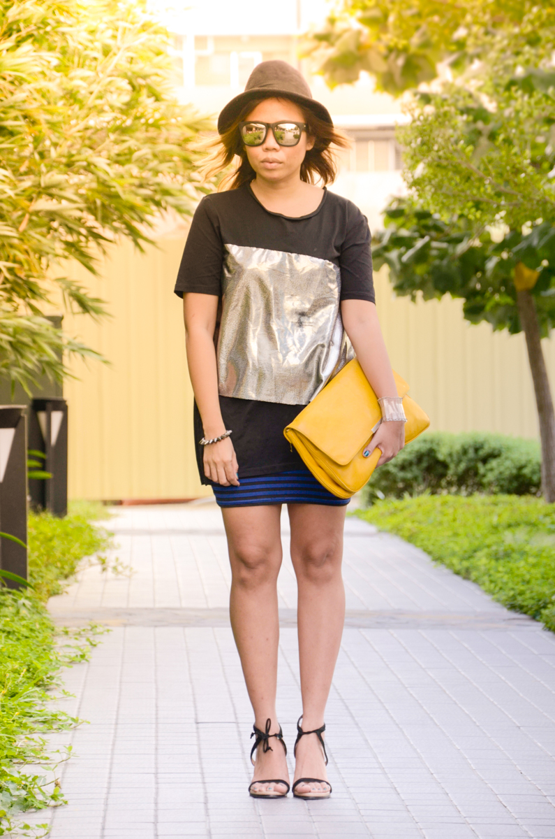 zara-yellow-clutch-ankle-strap-sandals