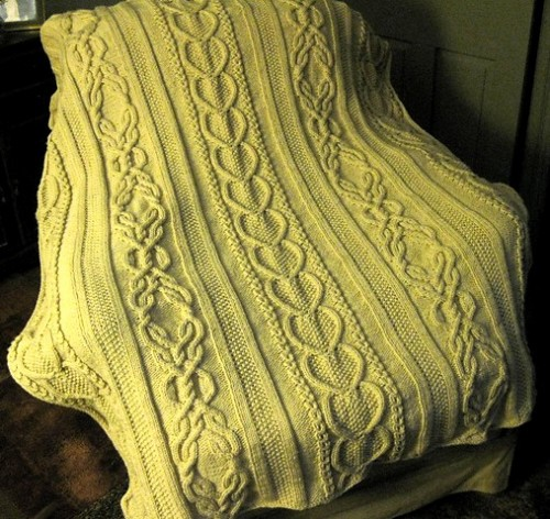 Gift of Love Cable Afghan - Free Pattern