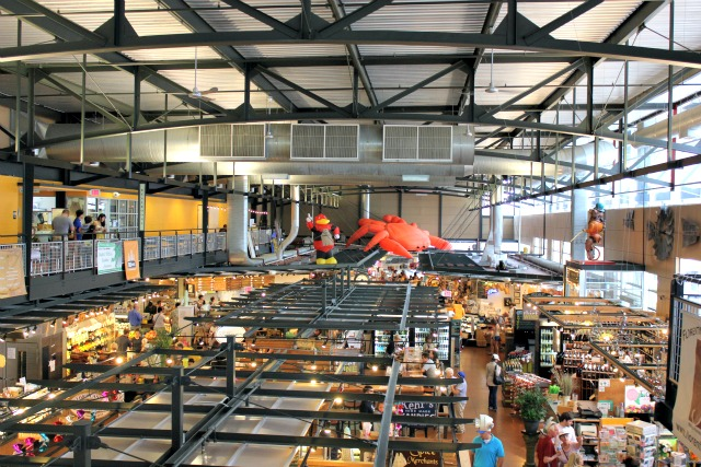 Inside Milwaukee Public Market, Public Market Milwaukee, Milwaukee, Milwaukee, Best places to visit in Milwaukee, Milwaukee 3rd ward, Downtown Milwaukee