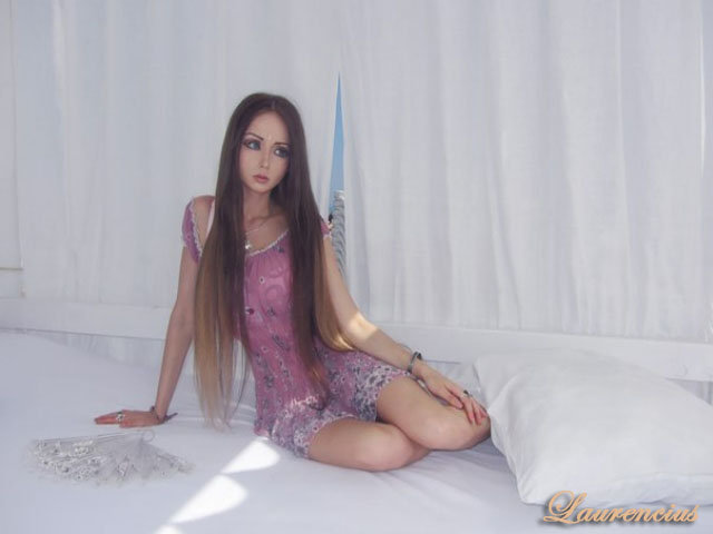 Foto-Valeria-Lukyanova-Manusia-Barbie_1