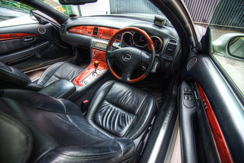 Lexus SC430, UZZ40, V8, kabriolet, modyfikacje, zdjęcia, wnętrze, interior, japońskie samochody, jdm